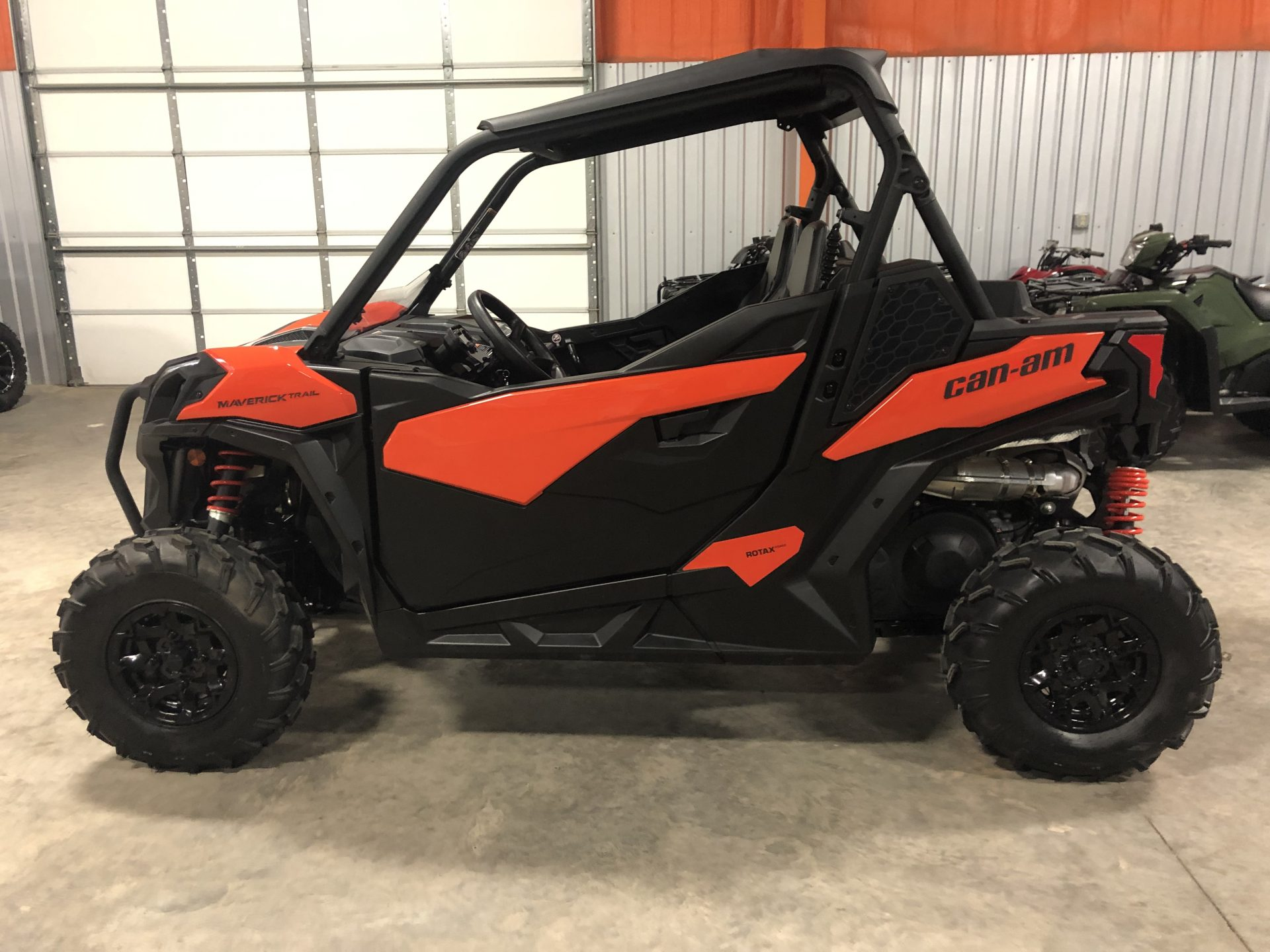 2018 Can-am Maverick 1000 Trail Ed Image