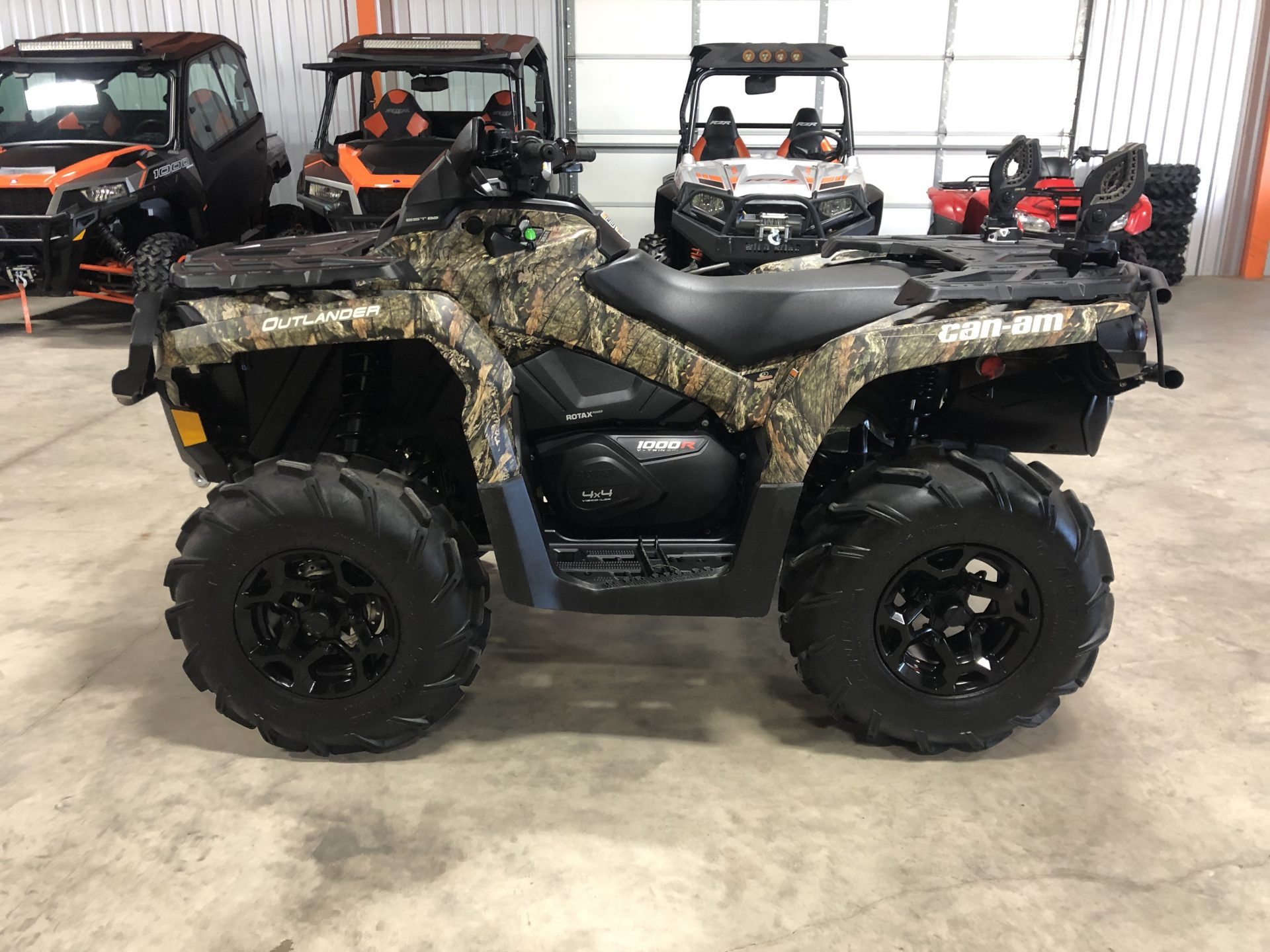 2017 Can-Am Outlander 1000R Image